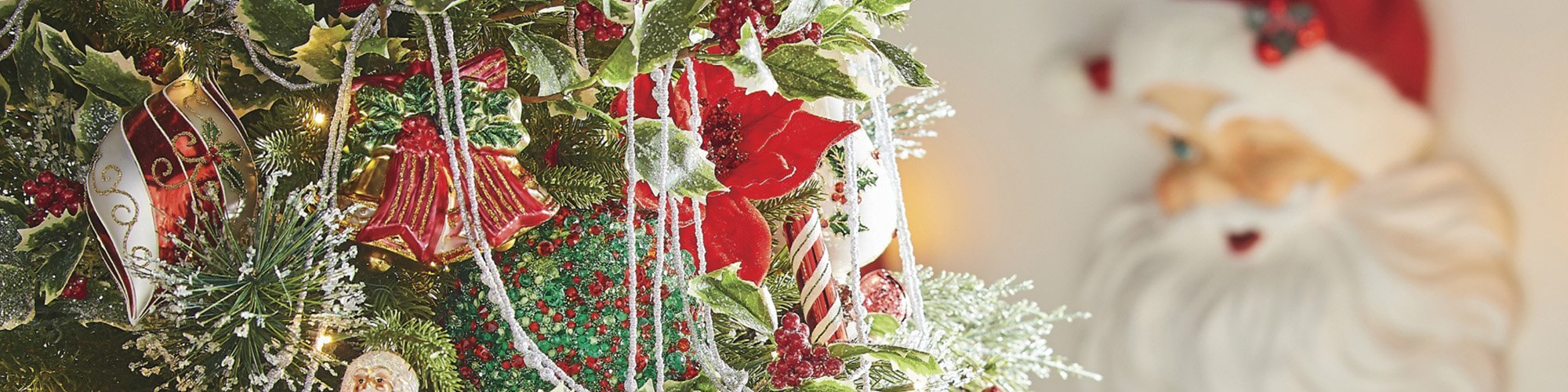 10 Essential Christmas Decorations to Make Your Home Merry and Bright