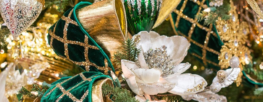 Green and gold decorations