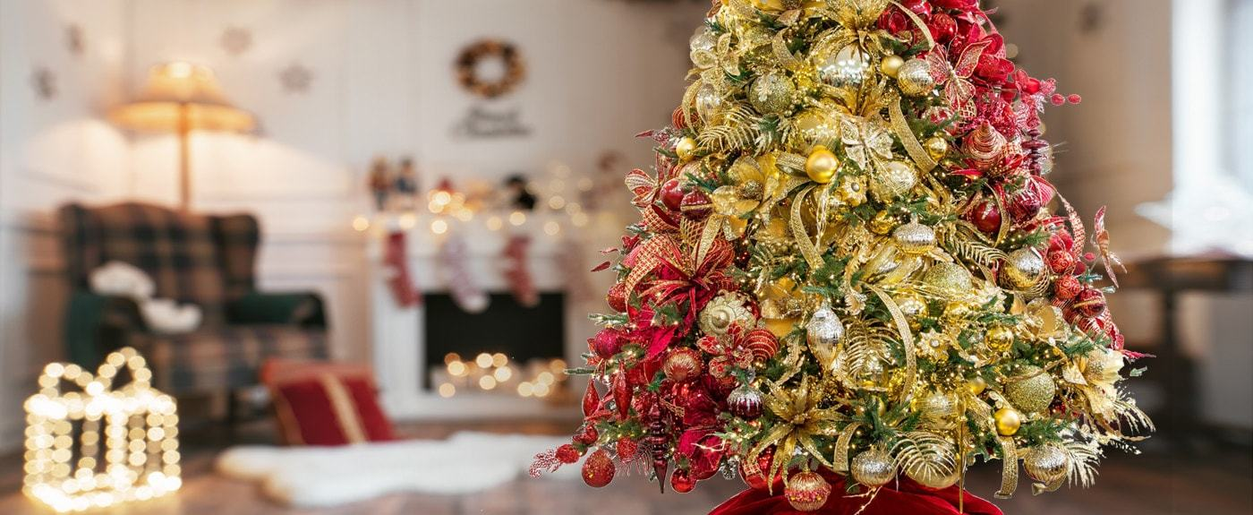 8 Tips to Create a Designer Christmas Tree for Yourself